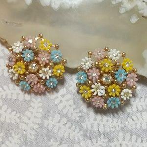 Vintage 1950s Leru Clip Flower Earrings